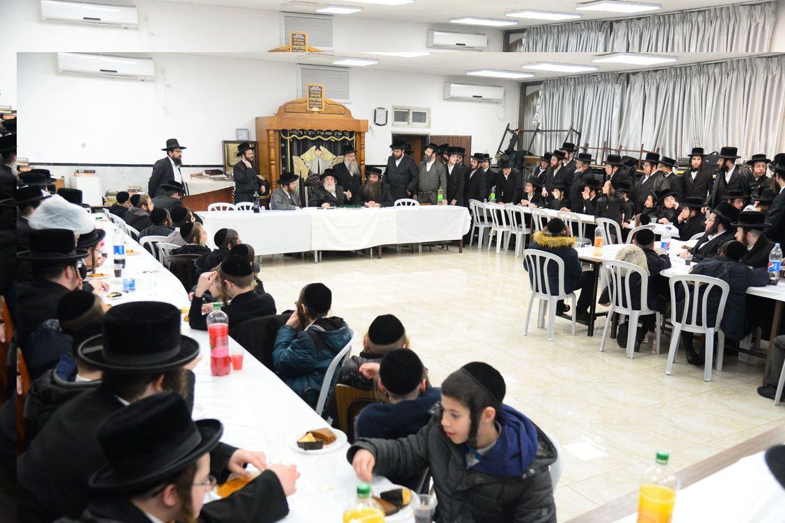 Third Night of Chanuka at the Viznitze Rebbe in Bnei Brak